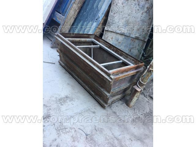 Alquilo o vendo molde met lico para fabricacion de pileta for Lavadero metalico
